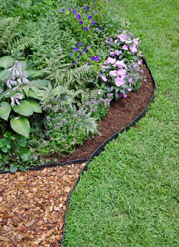 Basic Black Plastic Mulch Edging