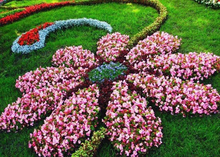 Beautiful Flower Bed Design Ideas