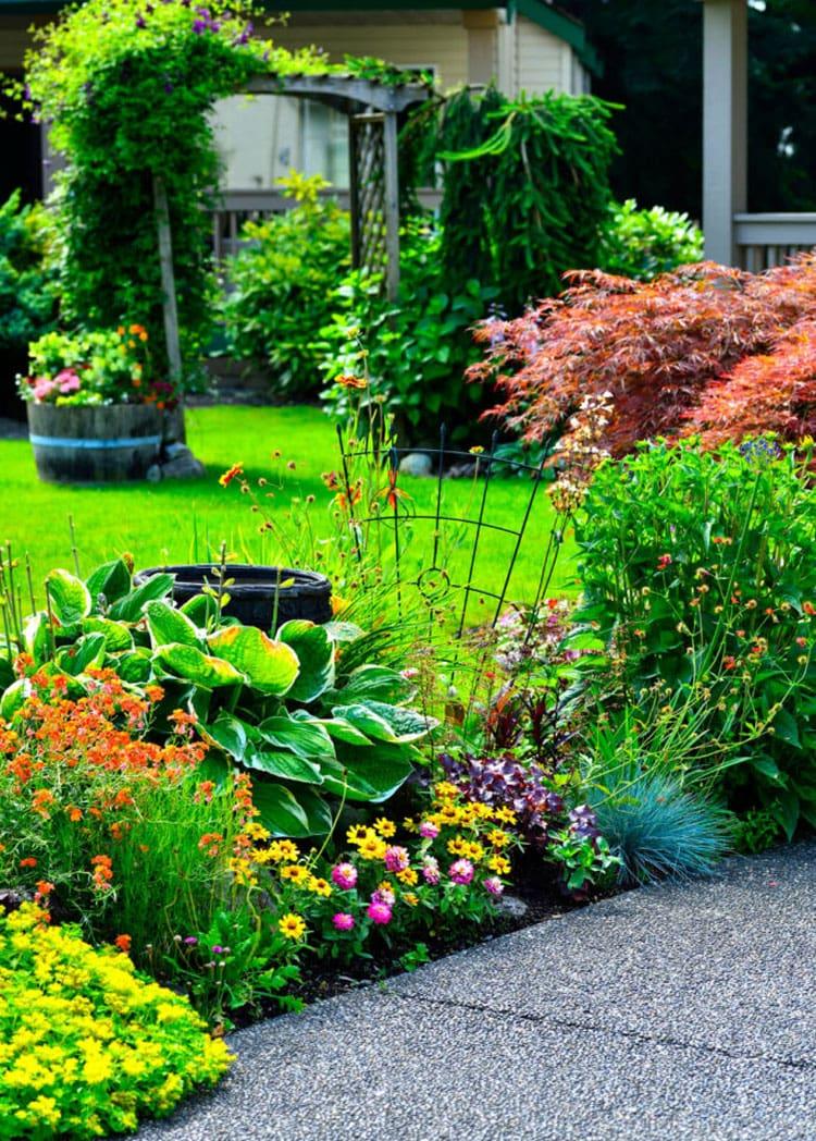Cute Landscaping Flower Bed Garden Ideas