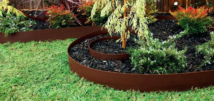 Easy DIY Landscape Edging