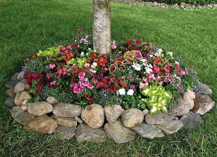 Easy Flower Bed Designs