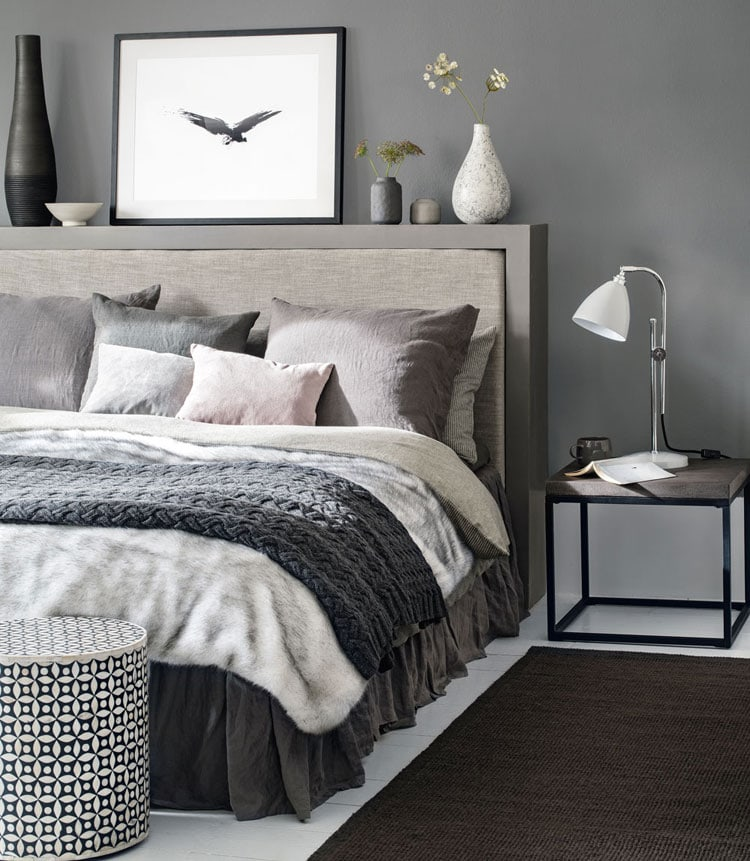 Soft and Warm Modern Grey Bedroom Decor
