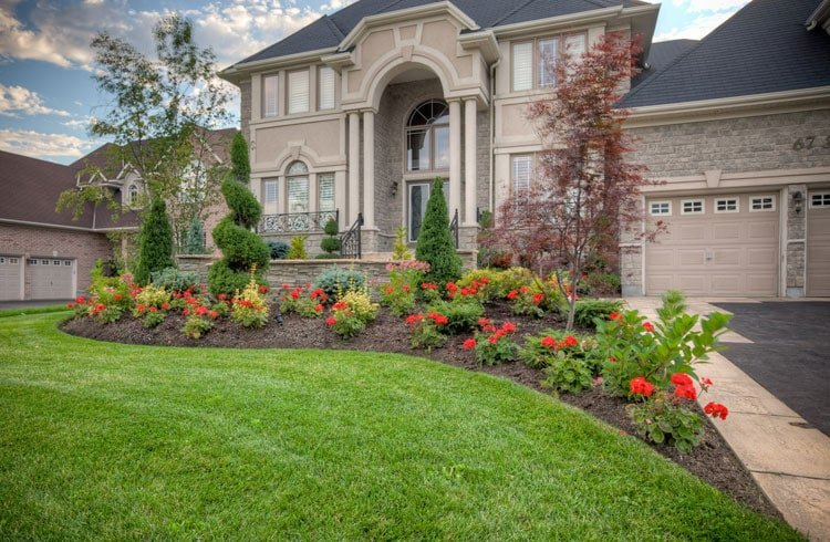 Classy Front Yard with Simple Flower Garden and Landscape Decor