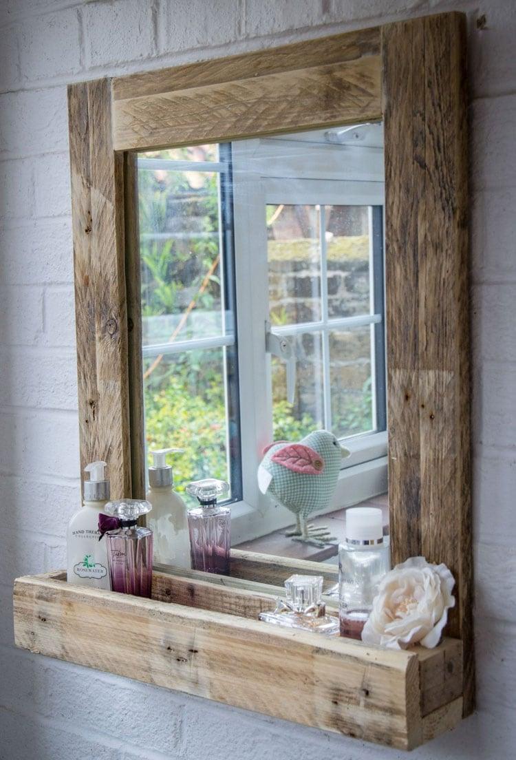 DIY Simple Rustic Bathroom Mirror Frame