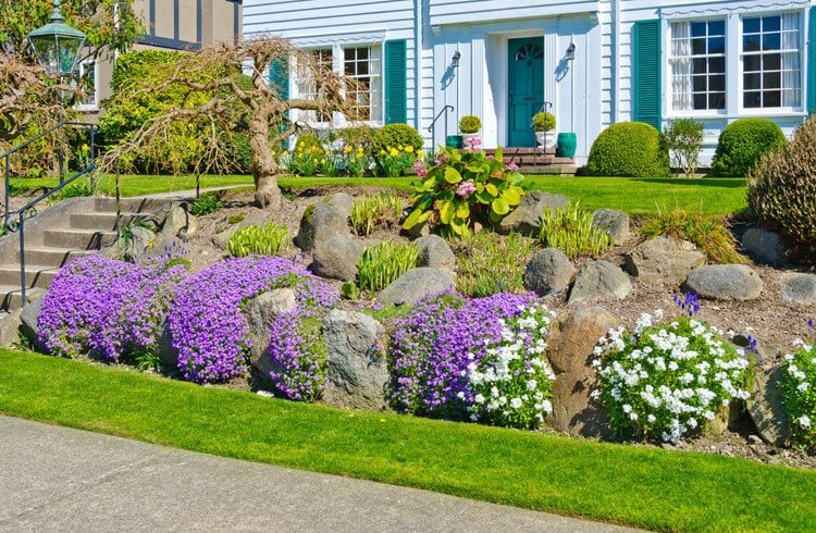 Flower Beds Instead of Picket Fences