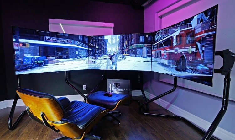 Functional Gaming Room Design with Essential Furnishings