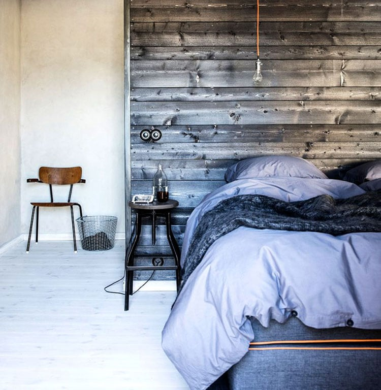 Nice Bedroom Design with Rustic Wall Decor