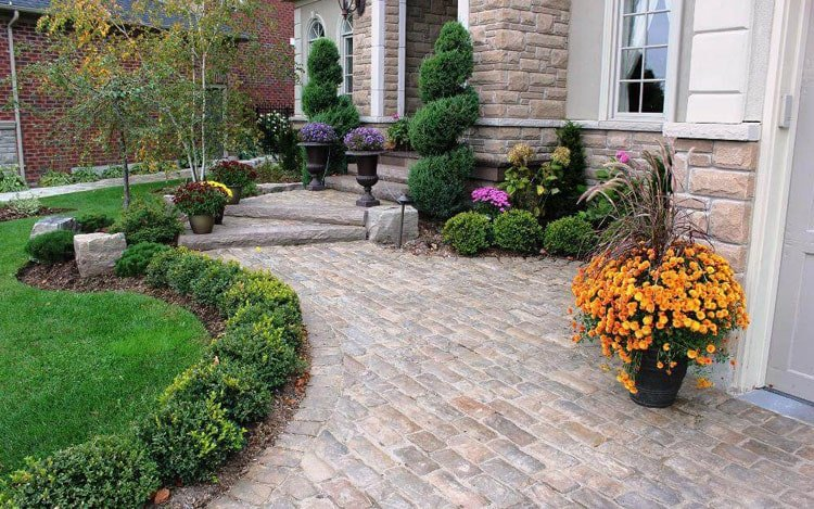 Shrubs for Edging and Planters Look Good in Front of the House