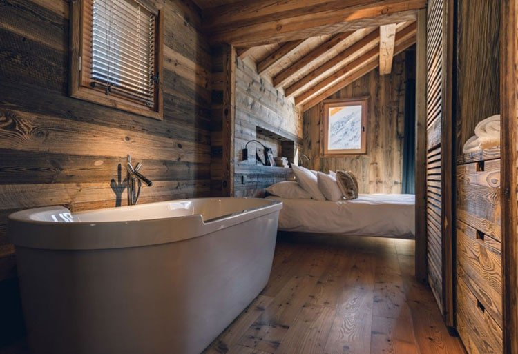 Wood-Heavy Rustic Bathroom Decor Perfect for Cabins