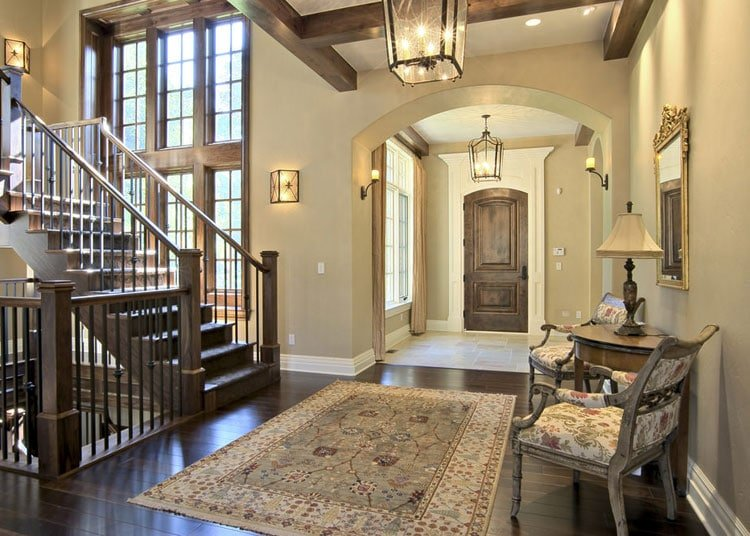 Beautiful Entryway with Luxury Foyer Table and Chairs