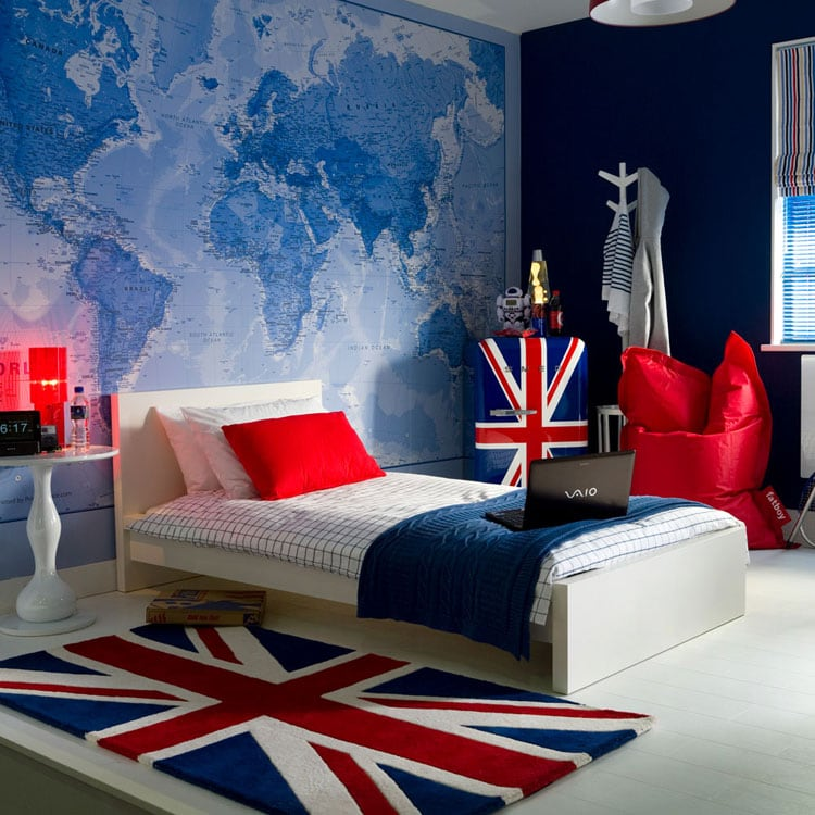 Teenage Bedroom Decor Idea for the Adventurous Traveler
