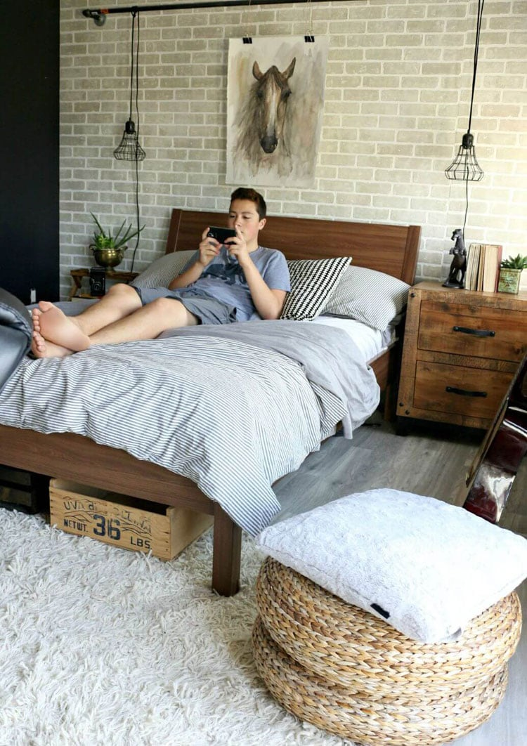 Cozy Boy's Bedroom Idea with Rustic Undertones