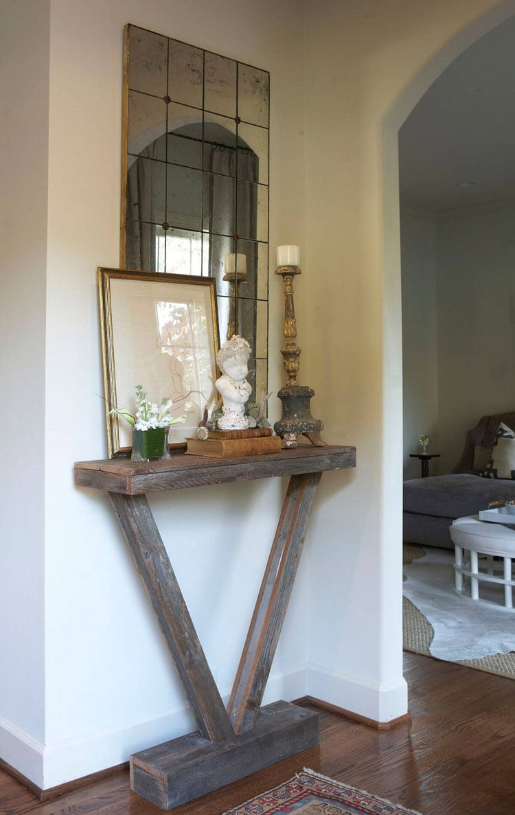 DIY Narrow Wooden Entryway Table