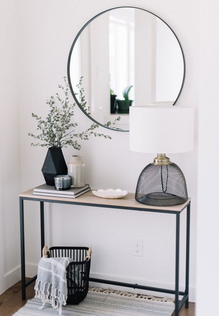 Decorating Console Table in Entryway