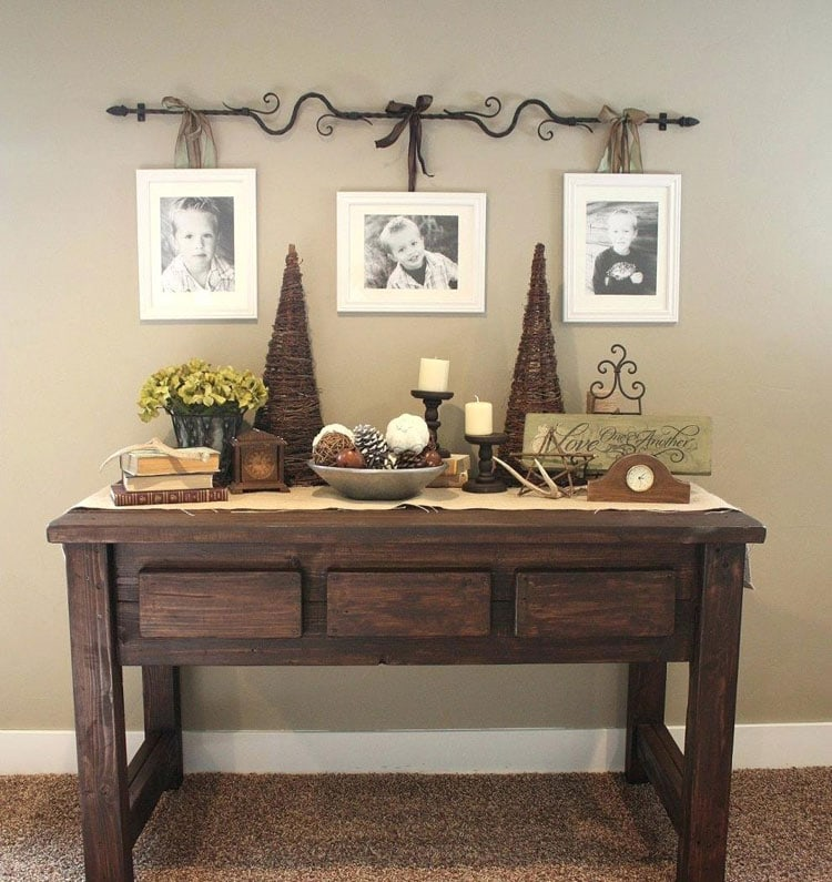Rustic Front Entrance Table Decor