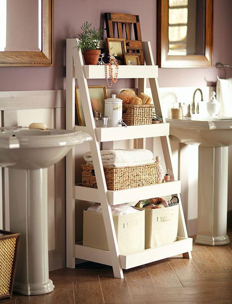 Small Bathroom Storage Ladder Decor