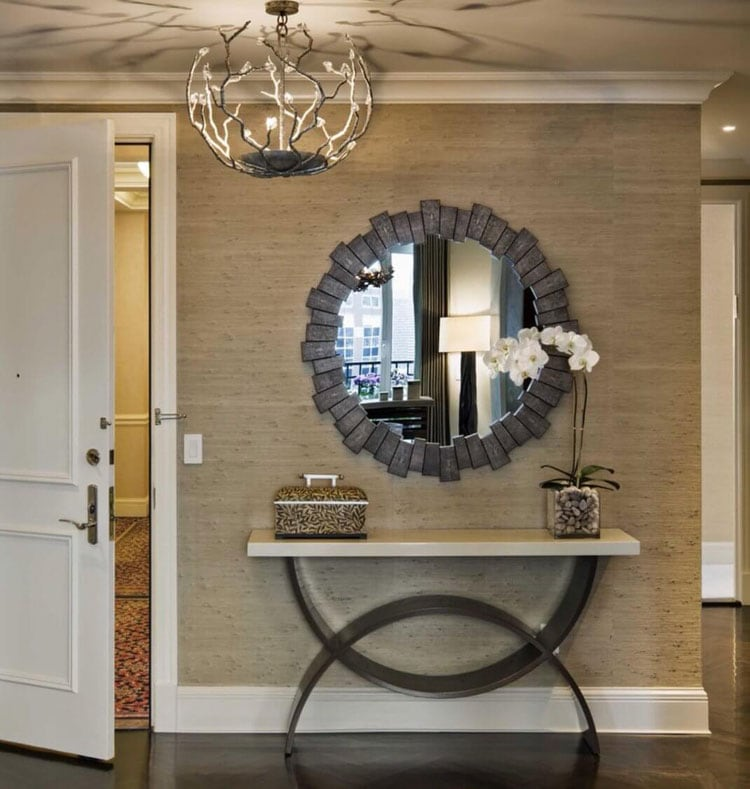 Small Narrow Foyer Entryway Table and Mirror with Metallic Colors