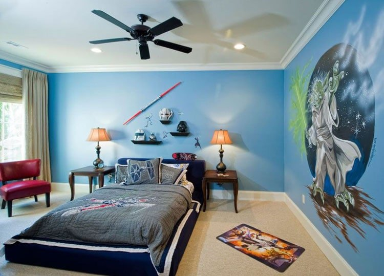 Star Wars-Themed Boys Room with Massive Mural
