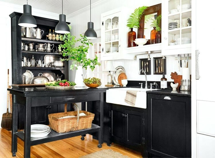 Black and White Kitchen Wall Decor Ideas For Country Farmhouse Style