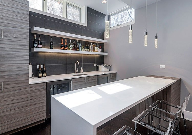 Chic Wet Bar with Sleek Design Ideas