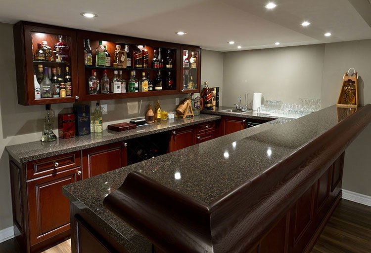 Clean Bar Top To Elevate Your Experience