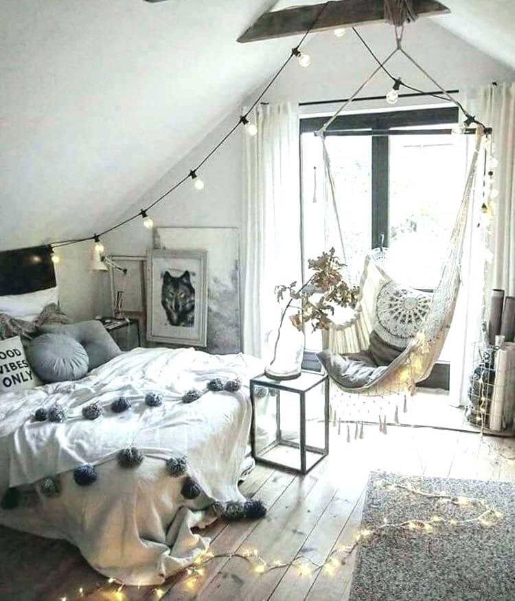 Fairy Lights For Dream Teen Girl Room Décor