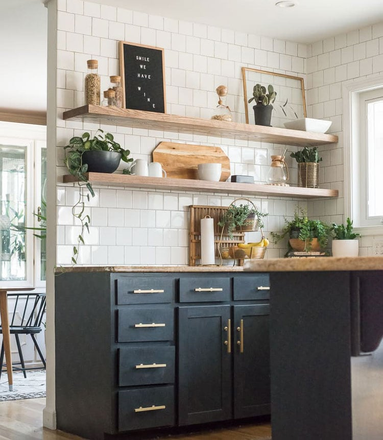 Farmhouse Kitchen Wall Decor Ideas