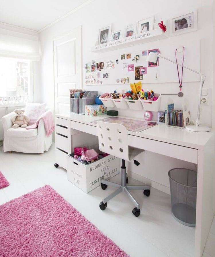 Girl's Bedroom with Simple Study Area