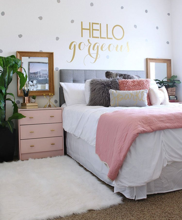 Pink and Grey Bedroom with Gold Wall Sticker