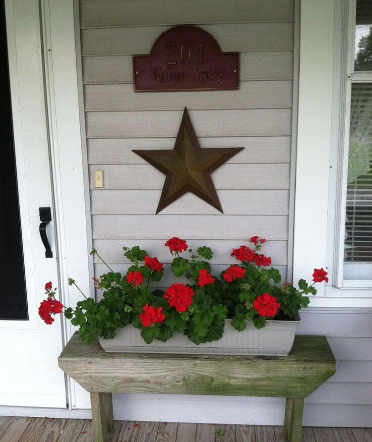 Simple Front Door Planter Ideas