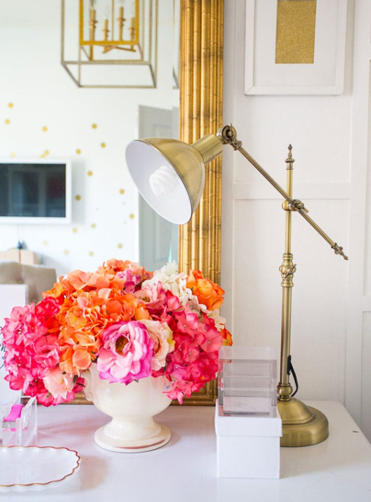 Teen Girl Room Ideas with Fresh Flowers and Antique Lamp
