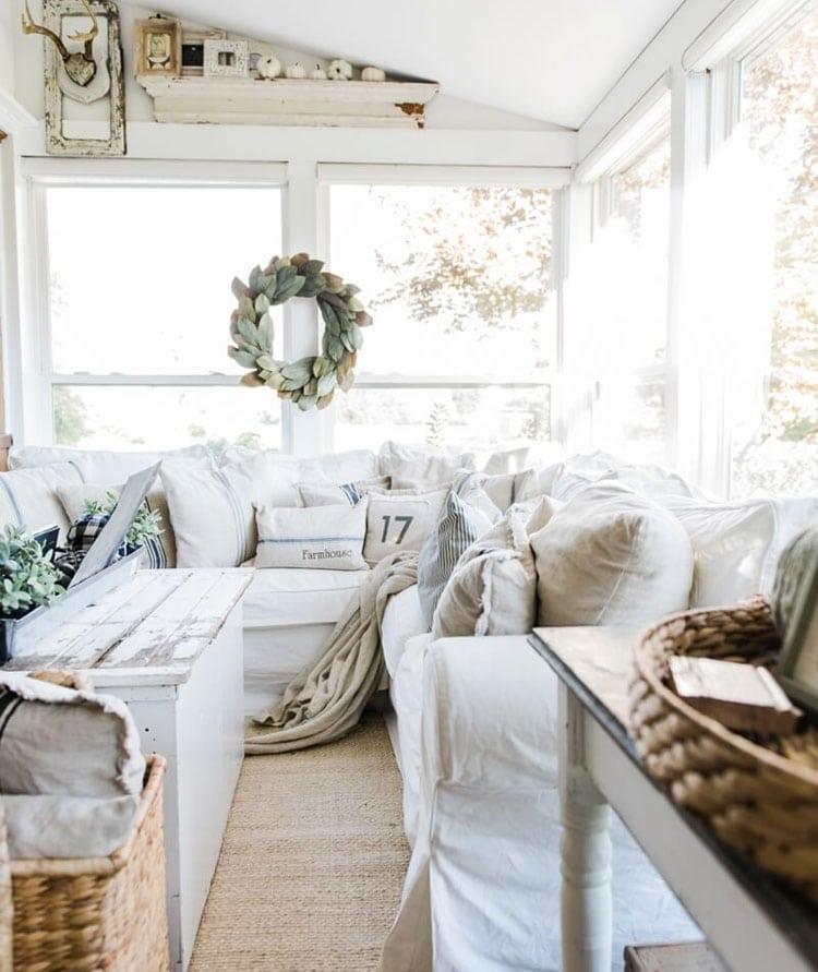 Beautiful Farmhouse Interior Design Decorating Ideas