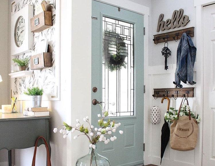 Farmhouse Entry Hallway Designs and Wall Decor Ideas