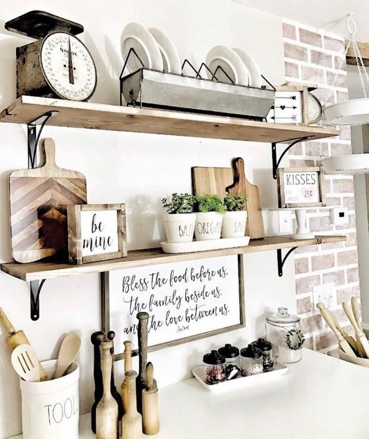 Old Farmhouse Wall Shelving For Good Organization