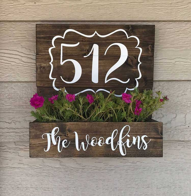 Cute DIY Decor with Family Last Name