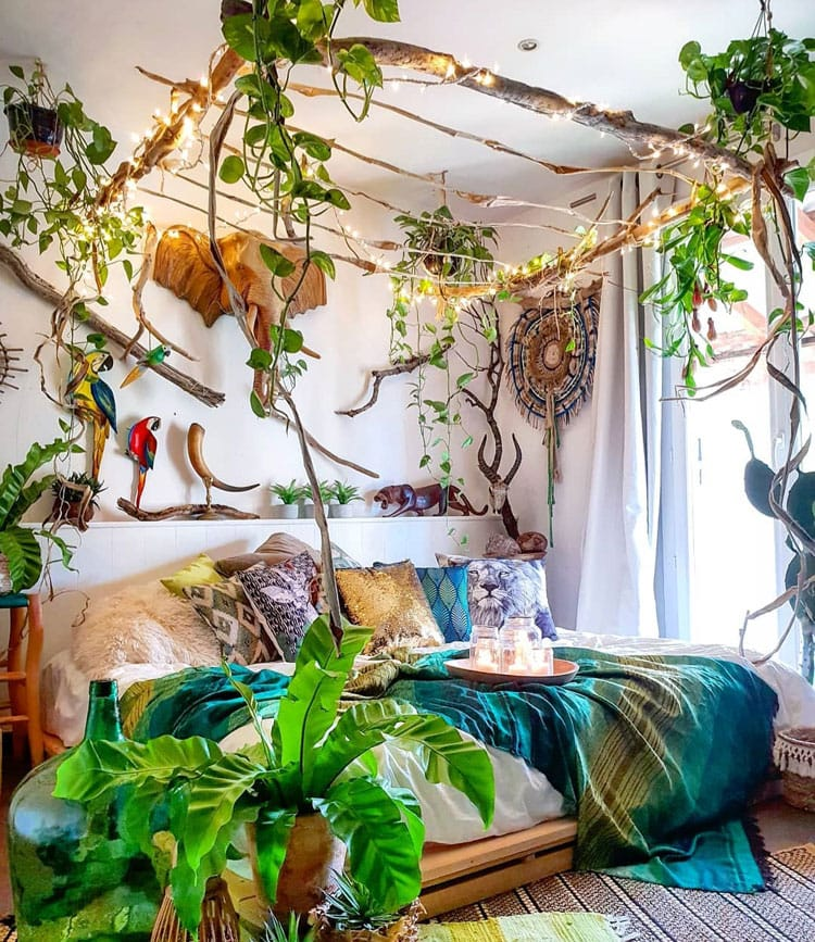 Colorful Bohemian Bedroom Decor