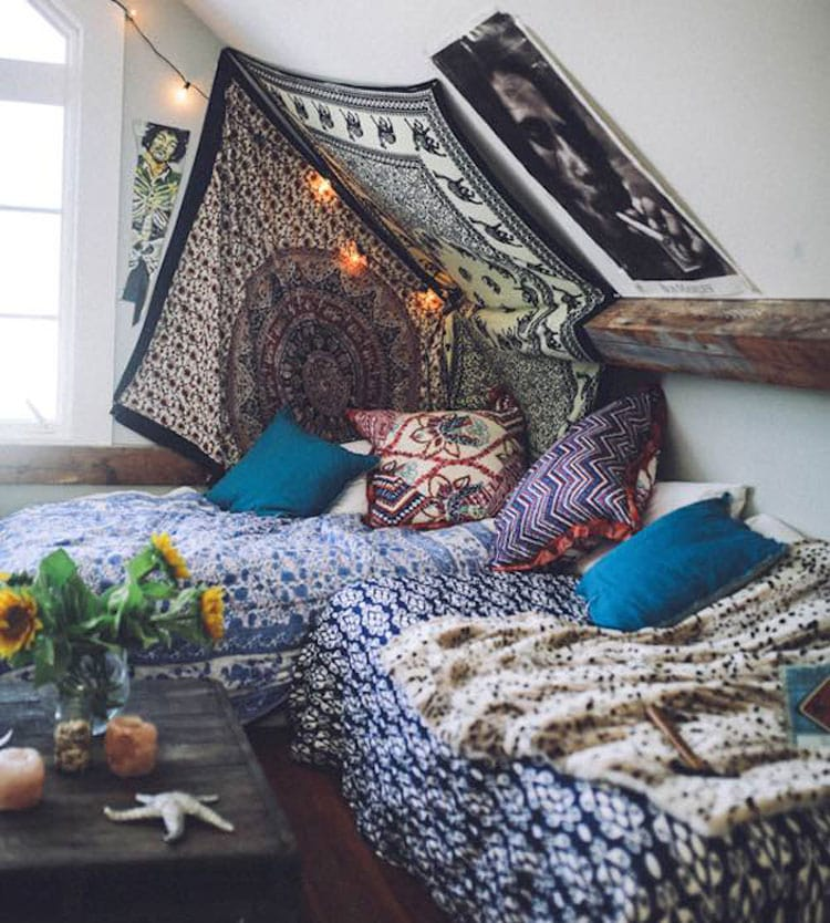 Dark Color Boho Bedroom Decor