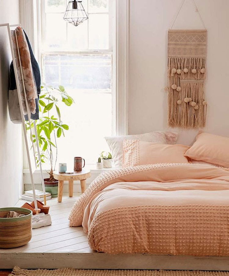 Trendy Peach Boho Room Ideas