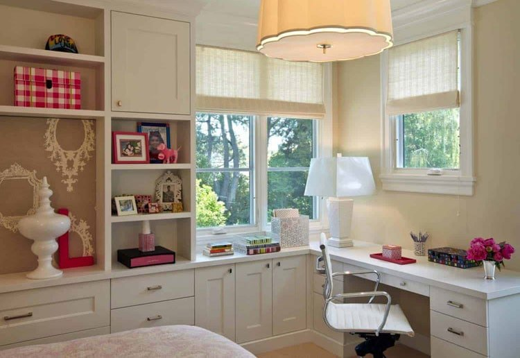 Built-In Table and Shelves in Guest Room