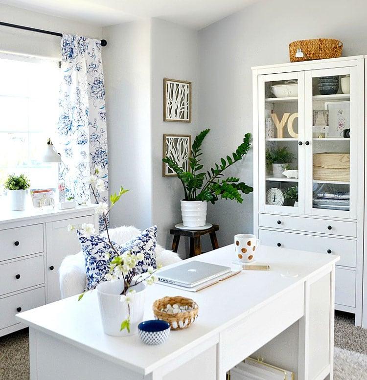 Classic Home Office Decor