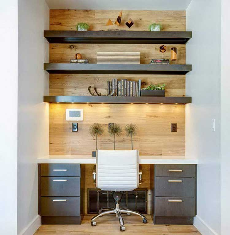 Natural Home Office Space in Bedroom