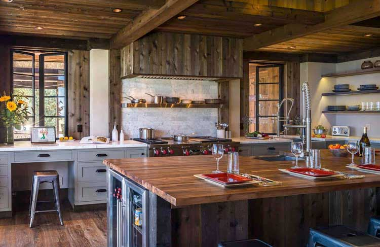 Use Rustic Decorative Finishes on New Kitchen