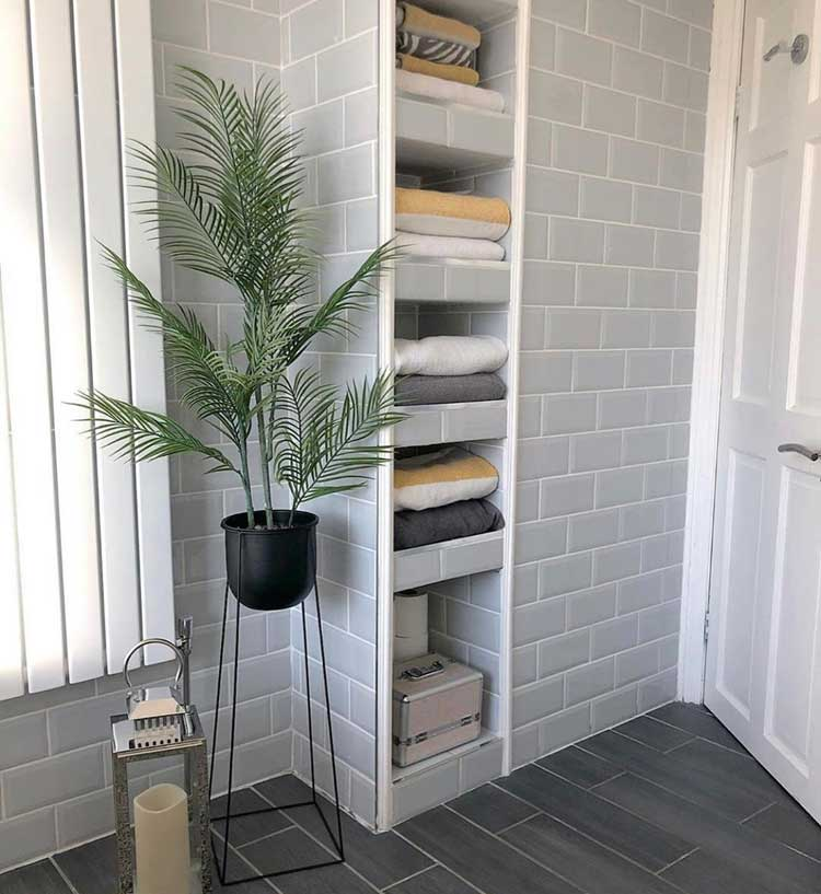 Built-In Shelving For Easy Towel Organization
