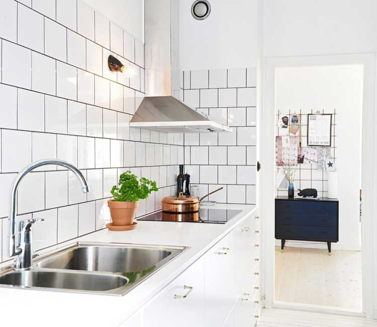 Backsplash Tile For Small Kitchen