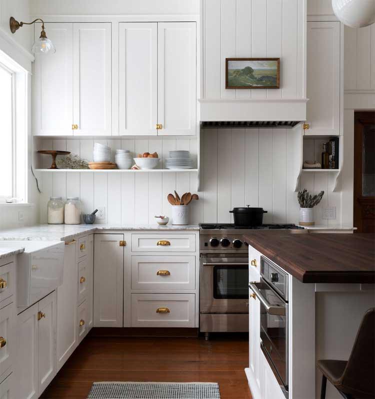 Contemporary Country Kitchen Backdrop Design