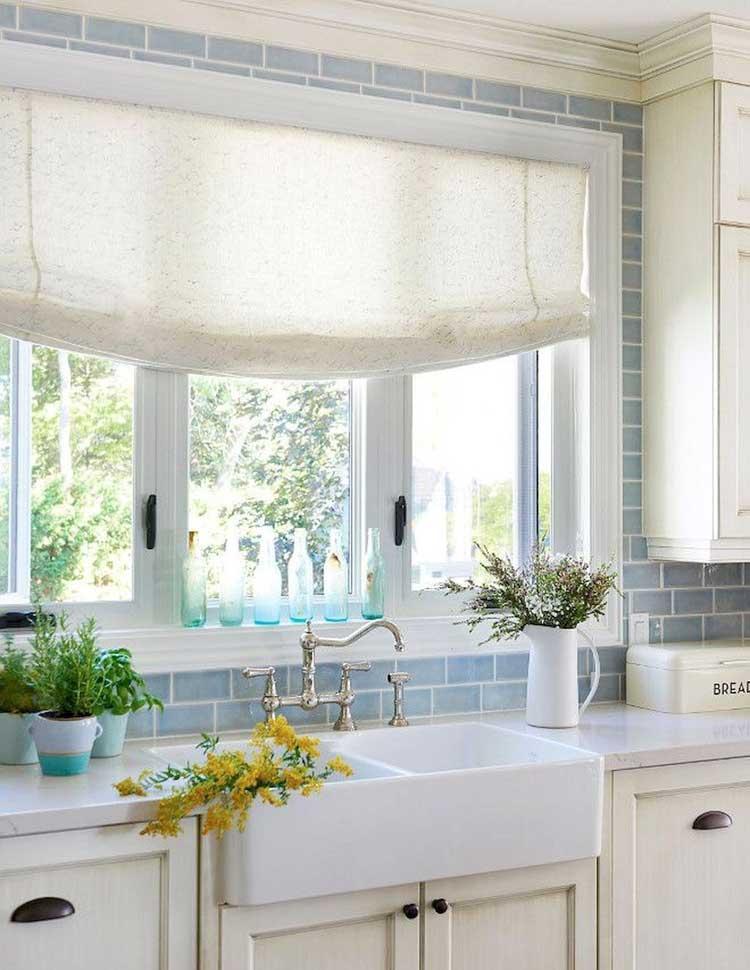 Cute Blue Kitchen Backsplash