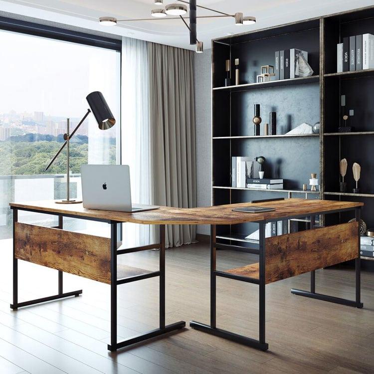 Fancy Minimalist Office with A Wood Desk