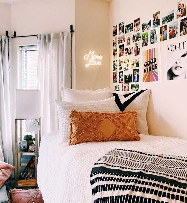 Cool Vibes Dorm Room
