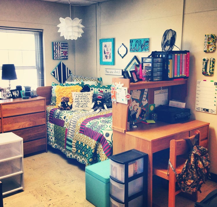 Vibrant Colors For Dorm Room Space